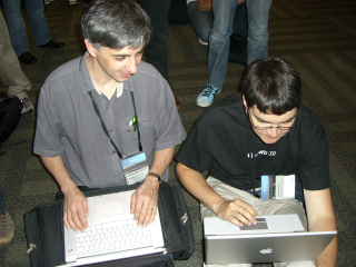 WWDC2007 Devs at work.png
